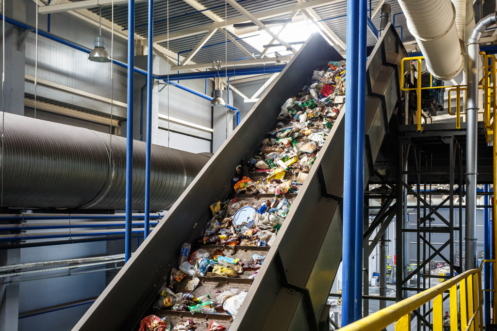 recycling process garbage
